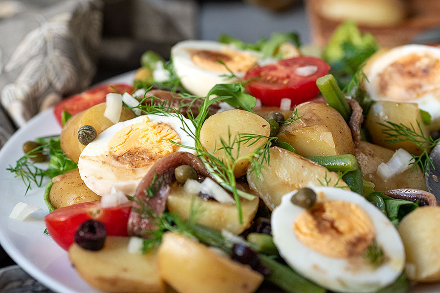 Healthy Mediterranean potato salad with boiled eggs (Nicoise) 6