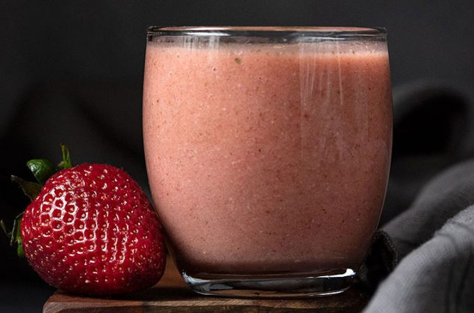 Banana strawberry smoothie recipe with adaptogens feat