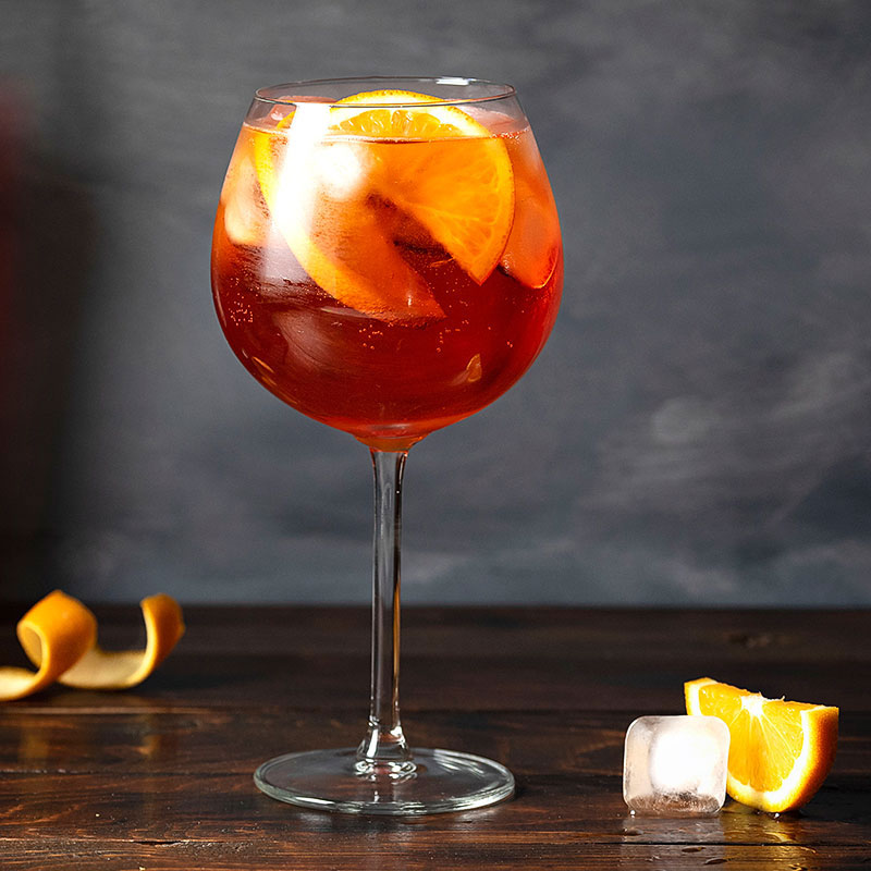 aperol spritz summer cocktail feat.