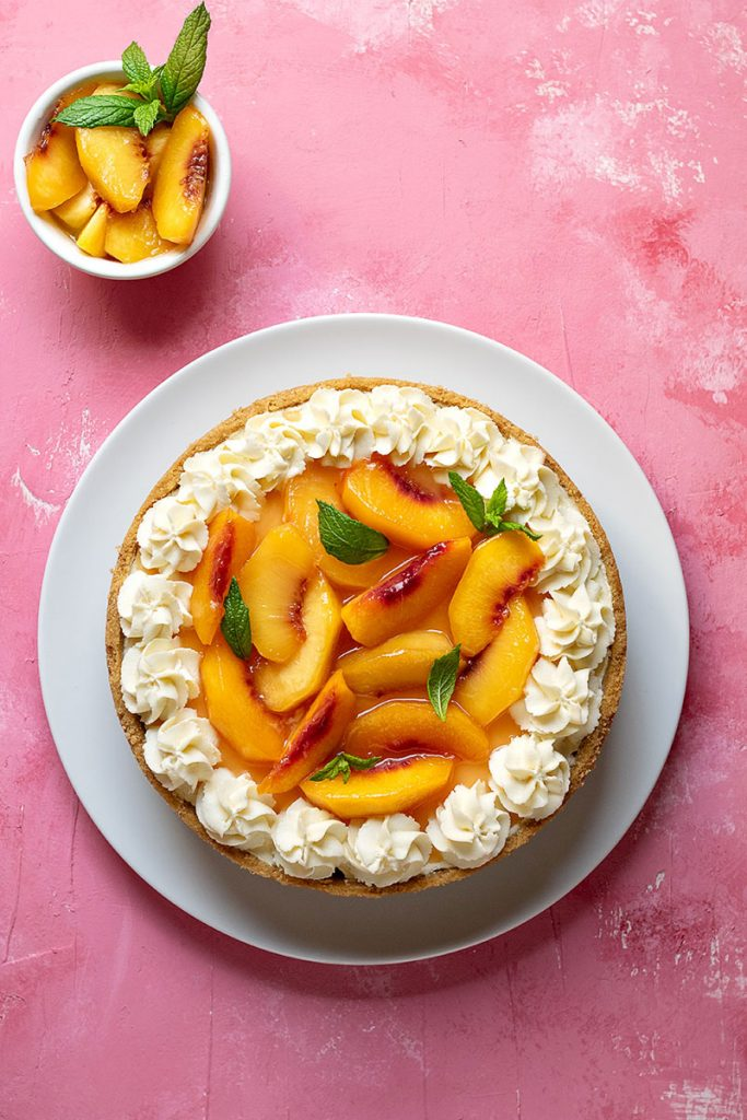 easy no bake cheesecake recipe with sateed peaches 1