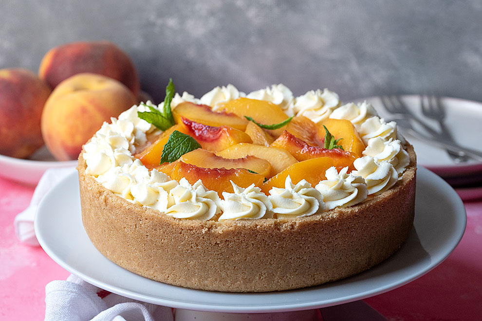 easy no bake cheesecake recipe with sateed peaches 4