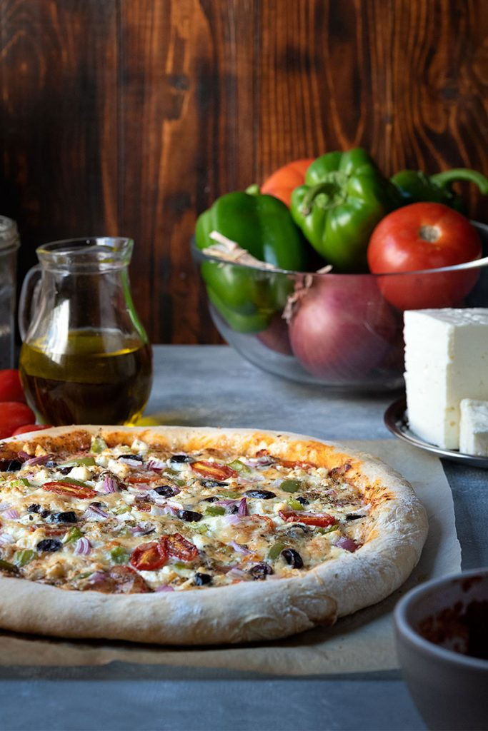 Greek pizza recipe with olive oil and yogurt dough 2