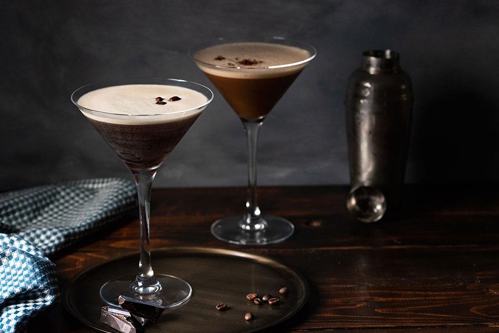 espresso martini in a martini glass 4