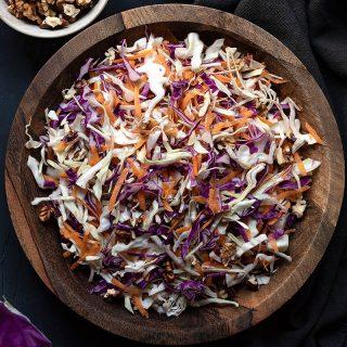 Greek cabbage salad recipe (Lahanosalata) feat