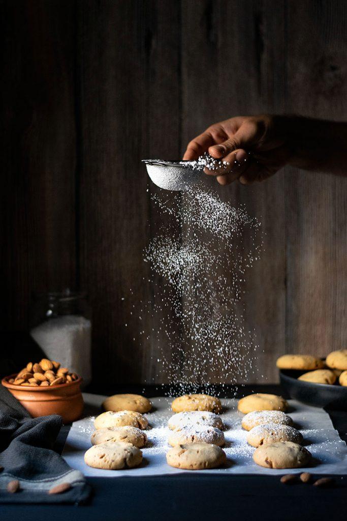 Snowball cookies recipe (Greek Kourabiedes) 2
