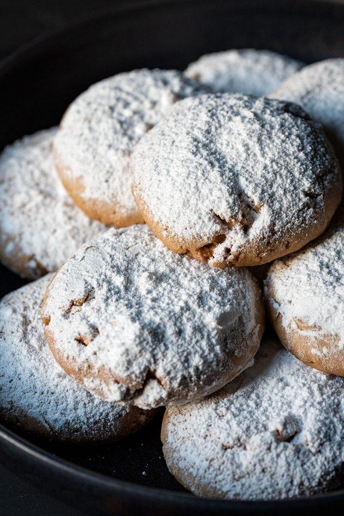 Snowball cookies recipe (Greek Kourabiedes) 3