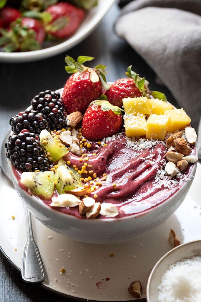 Acai bowl nice cream 3