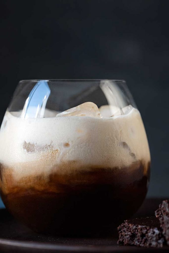 White Russian cocktail with Kahlua